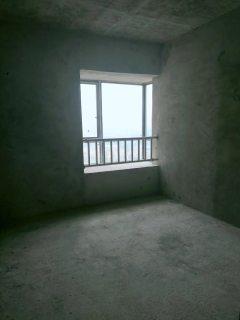 出售东南片区3室2厅2卫105平毛坯房